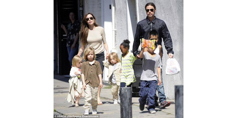 Когда же свадьба Анджелины Джоли и Бреда Питта?