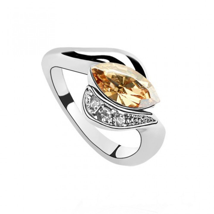 Кольцо с кристаллами Сваровски 0122908