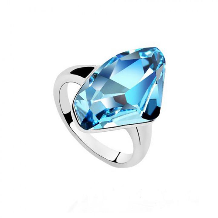 Кольцо с кристаллами Сваровски 0122910