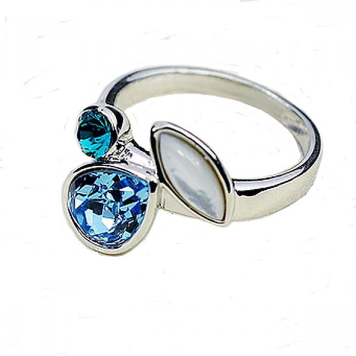 Кольцо с кристаллами Сваровски 032924