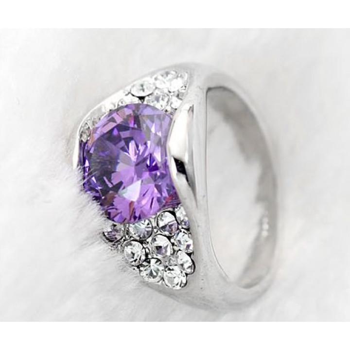 Кольцо с кристаллами Сваровски 95566