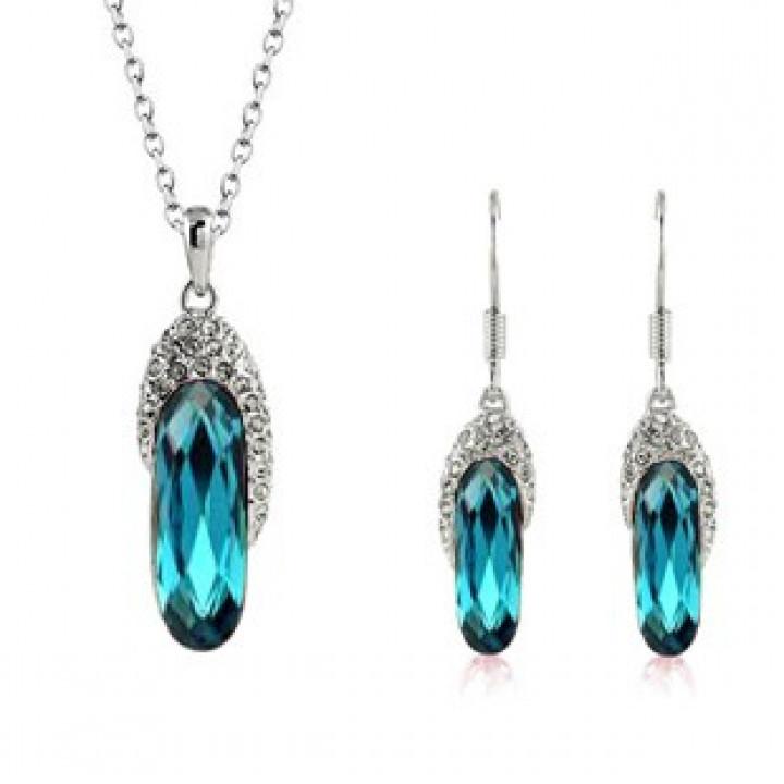 Комплект с кристаллами Сваровски 575559